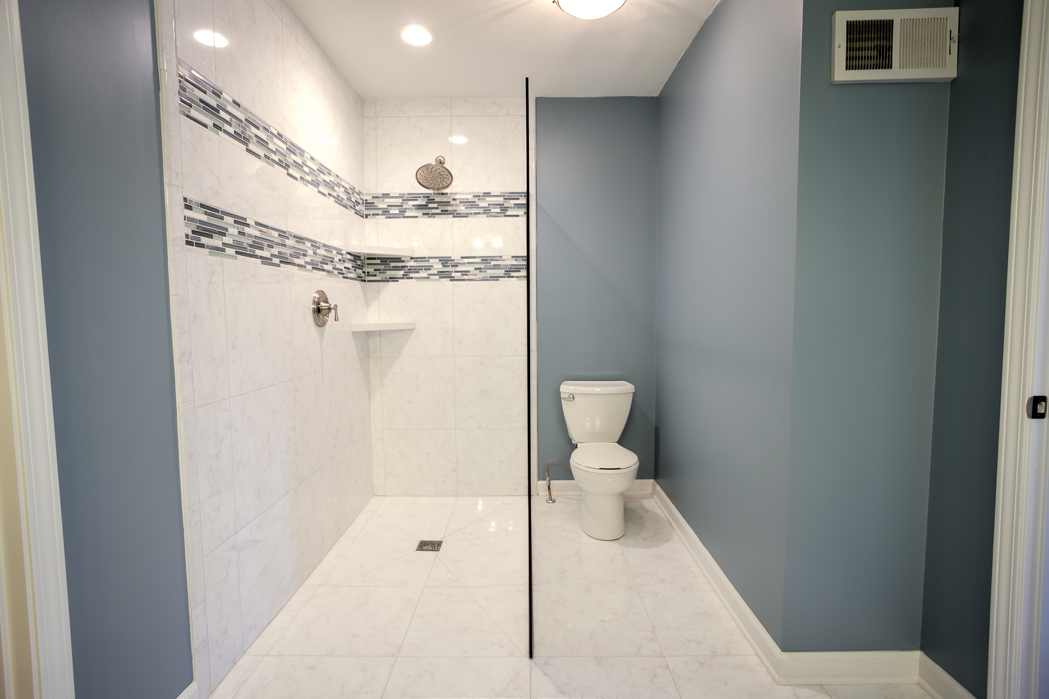 walk in shower small space